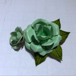 Vintage green enamel flower brooch pin